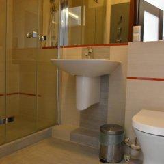 Отель Młoda Europa ванная фото 2