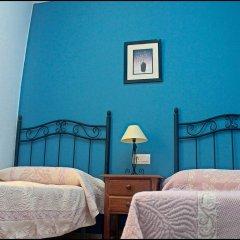 Отель Chalet Bungalow La Roa Испания, Кониль-де-ла-Фронтера - отзывы, цены и фото номеров - забронировать отель Chalet Bungalow La Roa онлайн комната для гостей фото 5