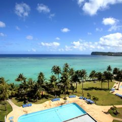 Отель Fiesta Resort Guam бассейн фото 3