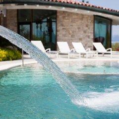 Отель Villa Benedita Италия, Манерба-дель-Гарда - отзывы, цены и фото номеров - забронировать отель Villa Benedita онлайн бассейн фото 3