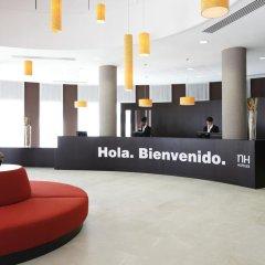 Отель NH Lyon Airport интерьер отеля