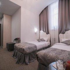 Жуков Отель 3* Стандартный номер с 2 отдельными кроватями фото 4