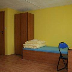 Отель Justhostel Стандартный номер с различными типами кроватей (общая ванная комната) фото 6