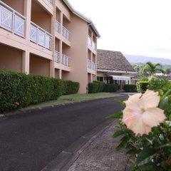 Tiki Hotel парковка