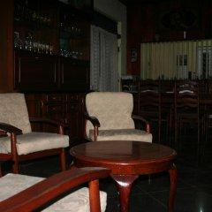 Golden Pizza Hotel & Restaurant гостиничный бар