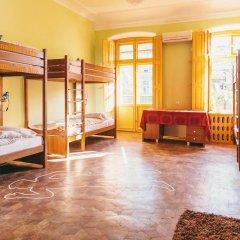 Хостел Элементарно Кровать в общем номере с двухъярусной кроватью фото 12