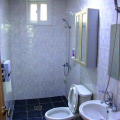Отель Cube Guesthouse Кровать в общем номере с двухъярусной кроватью фото 3