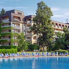 Отель Lotos - Riviera Holiday Resort Болгария, Золотые пески - отзывы, цены и фото номеров - забронировать отель Lotos - Riviera Holiday Resort онлайн бассейн фото 2