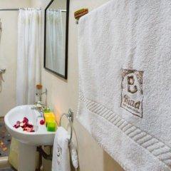 Отель Riad Dar Benbrahim ванная