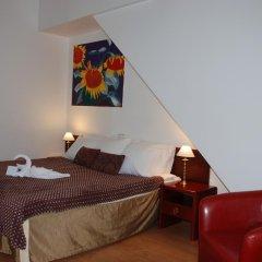 A1 hotel 3* Улучшенный номер с разными типами кроватей фото 5
