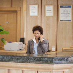 Отель Grupotel Cala San Vicente Испания, Сен-Жуан-де-Лабриджа - отзывы, цены и фото номеров - забронировать отель Grupotel Cala San Vicente онлайн интерьер отеля фото 2