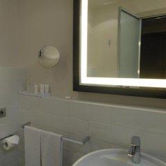 Отель Starhotels Michelangelo 4* Улучшенный номер с различными типами кроватей фото 26