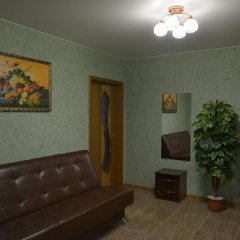 Гостиница Люкс в Алексеевке отзывы, цены и фото номеров - забронировать гостиницу Люкс онлайн Алексеевка комната для гостей фото 4