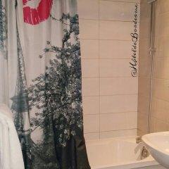 Отель Hôtel De Bordeaux ванная фото 2