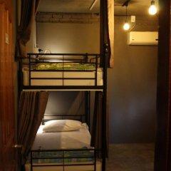 Mr.Comma Guesthouse - Hostel Кровать в общем номере с двухъярусной кроватью фото 33