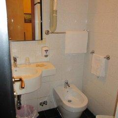 Hotel Lombardi 2* Стандартный номер с двуспальной кроватью фото 8