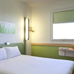 Отель ibis budget Antwerpen Port Стандартный номер с различными типами кроватей