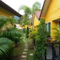 Отель Lemon Tree Naturist Phuket Niharn Beach балкон