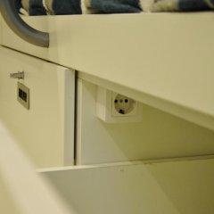 Hostel One Ramblas Кровать в общем номере фото 5