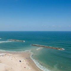 Herods Hotel Tel Aviv by the Beach 5* Номер Делюкс с двуспальной кроватью фото 2