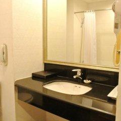 Отель FuramaXclusive Sukhumvit 4* Номер Премиум с двуспальной кроватью фото 28