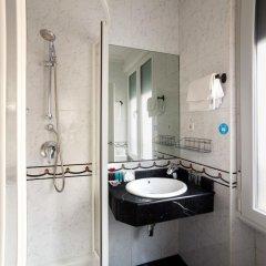 Отель Hostal Barrera Испания, Мадрид - отзывы, цены и фото номеров - забронировать отель Hostal Barrera онлайн ванная фото 2