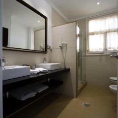 Hotel Capri 3* Улучшенный номер с различными типами кроватей фото 17