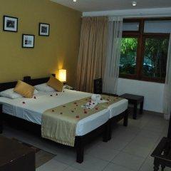 Отель Lakeside At Nuwarawewa 3* Стандартный номер фото 4