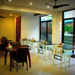 Отель The Album Loft at Phuket питание фото 2