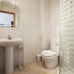 Отель Harresi - Basque Stay Испания, Фуэнтеррабиа - отзывы, цены и фото номеров - забронировать отель Harresi - Basque Stay онлайн ванная