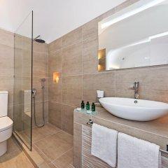 Отель Athina Luxury Suites 4* Люкс повышенной комфортности с различными типами кроватей фото 14