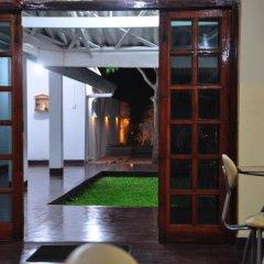 Отель Melbourne Tourist Rest Шри-Ланка, Анурадхапура - отзывы, цены и фото номеров - забронировать отель Melbourne Tourist Rest онлайн интерьер отеля фото 2