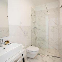 Отель Lisbon Check-In Guesthouse 3* Люкс с различными типами кроватей фото 9