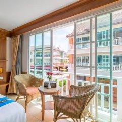 Отель Phuket Chaba Hotel Таиланд, Пхукет - 1 отзыв об отеле, цены и фото номеров - забронировать отель Phuket Chaba Hotel онлайн балкон