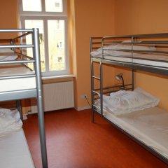 Happy Go Lucky Hotel + Hostel Кровать в общем номере фото 6