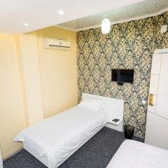 Отель Интерхаус Бишкек Кыргызстан, Бишкек - отзывы, цены и фото номеров - забронировать отель Интерхаус Бишкек онлайн комната для гостей фото 2