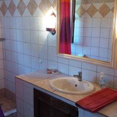 Отель Grivas House Греция, Ситония - отзывы, цены и фото номеров - забронировать отель Grivas House онлайн ванная