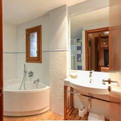 Отель Hostal Les Roquetes Керальбс ванная фото 2