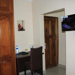 Отель Tyndale Residence Ltd 3* Номер категории Эконом с различными типами кроватей фото 3