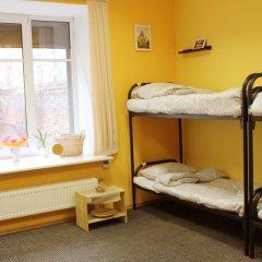Хостел LikeHome Кровать в женском общем номере фото 14