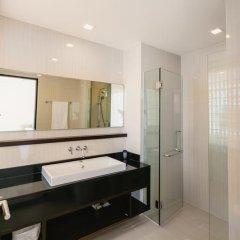 Отель Phuket Marbella Villa 4* Апартаменты с различными типами кроватей фото 24