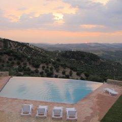 Hotel Rural los Tadeos бассейн фото 2