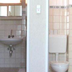 Отель Pension Fünfhaus ванная