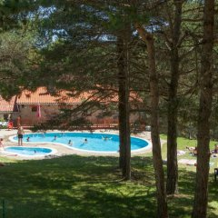 Отель Camping Fontfreda бассейн