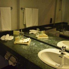 Mahaweli Reach Hotel 4* Номер Делюкс с различными типами кроватей фото 5