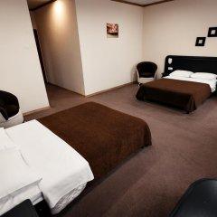 Гостиница Forum Plaza 4* Номер Family разные типы кроватей фото 5
