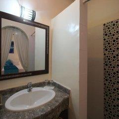 Отель Riad De La Semaine 3* Стандартный номер с двуспальной кроватью