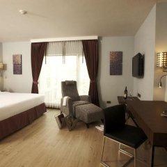 Отель Sukhumvit Suites 3* Номер Делюкс с двуспальной кроватью фото 2