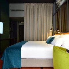 Отель Pestana CR7 Lisboa 4* Стандартный номер с различными типами кроватей фото 15