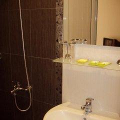 Riskyoff Family Hotel 2* Номер категории Эконом с различными типами кроватей фото 5